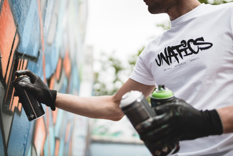 UNATICS T-Shirt 'Graff' white
